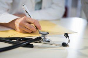 Arrêt maladie et changement de résidence : prévenez votre employeur !