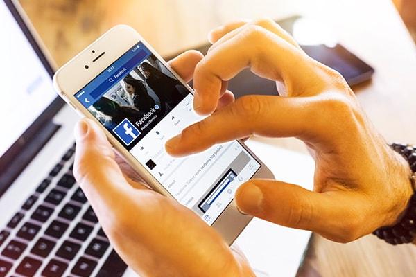 La liberté d'expression des agents publics et les réseaux sociaux