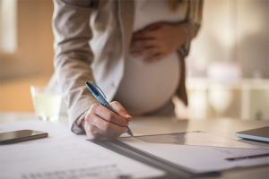 Congé maternité : conditions d'indemnisation et durée