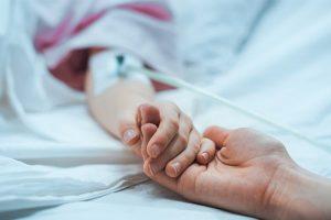 Publication de la loi visant à améliorer les droits des travailleurs et l'accompagnement des familles après le décès d'un enfant
