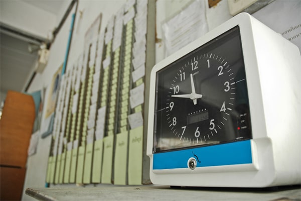 L'absence de contrôle des heures de travail par l'employeur, quelles conséquences ?