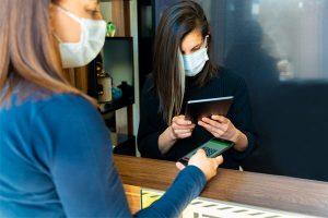 Le pass sanitaire en entreprise : règles et mode d'emploi